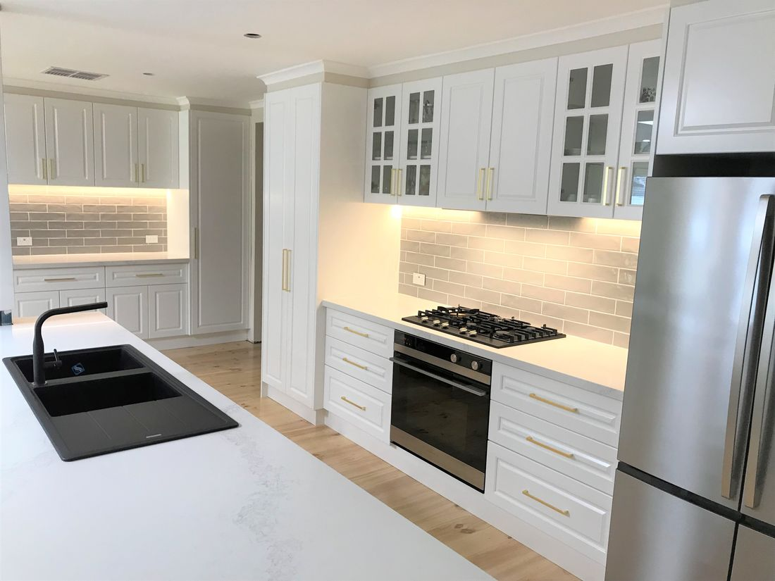 Luxury Kitchen 2PAC Profile door
